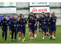 Fenerbahçe'de Akhisarspor maçı hazırlıkları başladı