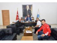 Başkan Albayrak milli sporcuyu ağırladı
