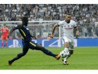 UEFA Şampiyonlar Ligi: Beşiktaş: 2 - RB Liebzig: 0 (İlk yarı)