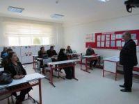Çözüm Koleji'nde veli toplantısı yapıldı