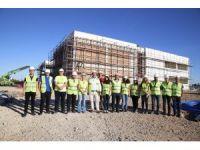 DÖGEM üyeleri, Gençlik Merkezi inşaatını gezdi