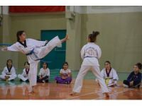 Yıldırımlı çocuklara ücretsiz teakwondo