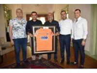 Alanyaspor'dan Başkan Yücel'e teşekkür