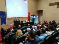 Diyarbakır'da temiz ve alternatif enerji paneli düzenlendi