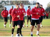 Samsunspor, Elazığspor'a moralli hazırlanıyor
