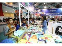 Kitap Fuarı'na 4 günde 220 bin ziyaretçi