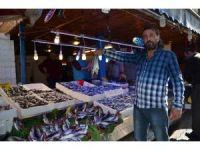 Trabzon'da sezonun en bol hamsi ve palamut avı yüzleri güldürdü