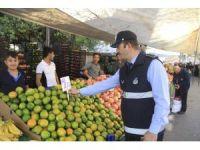 Sultanbeyli'de zabıta ekipleri denetimlerini sürdürüyor