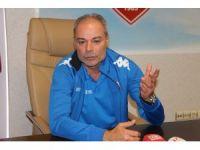 """Engin İpekoğlu: """"Genç futbolcular ise 'antrenman bitse de gitsek' havasındalar"""""""