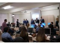 Avcılar'da öğretmelere robotik kodlama eğitimi