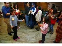 Engelli çocuklara doğum günü sürprizi