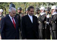 Başbakan Yıldırım, İran Cumhurbaşkanı Birinci Yardımcısı Cihangiri'yi resmi törenle karşıladı