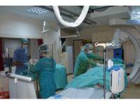 DÜ'ye Türkiye'nin dört bir yanından hasta geliyor