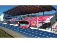 Söke İlçe Stadı tribün koltukları yenilendi