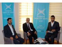 Başkan Remzi Aydın TÜGVA'lı gençlerin sorularını cevaplandırdı