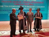 'Tehlikedeki Türk dilleri masaya yatırılıyor