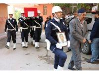 Kansere yenilen polis memuru, son yolculuğuna uğurlandı