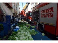 Kağıthane'de pazar yerinde yangın paniği