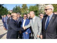 Muhtarlardan Başkan Gümrükçüoğlu'na ziyaret