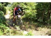 Bisikletçiler şampiyona için Konya'da