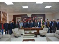 Armutlucumalılar Derneği'nden Başkan Uysal'a ziyaret