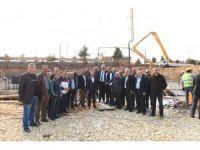 Çalışanlar Sitesi sakinlerinden Belediye Başkanı Tahsin Babaş'a imar teşekkürü