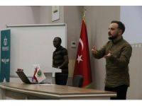 Büyükşehir'den yabancı öğrenciler için oryantasyon eğitimi