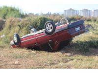 Otomobil tarlaya uçtu, iki kişi yaralandı
