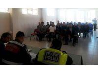 Okul servis şoförlerine seminer