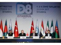 """Cumhurbaşkanı Erdoğan: """"Birileri kasıtlı bir şekilde İslamla terörizmi, Müslümanla teröristi özdeşleştirmeye çalışıyor"""""""