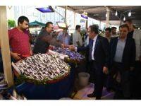 Başkan Böcek, pazarcı esnafını ziyaret etti