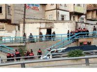 Başkent'te tüfekle husumetli olduğu kişiyi vuran şahıs etkisiz hale getirildi
