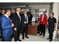 Sağlık Bakanı Demircan'dan OMÜ Tıp Fakültesi Hastanesinin aciline ziyaret