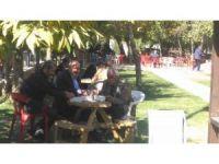 Bahçesaray belediyesinden vatandaşa helise ikramı