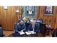 Atatürk Üniversitesi ile İl Milli Eğitim Müdürlüğü arasında Eğitimde işbirliği protokolü imzalandı