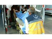 Laf atma kavgası kanlı bitti: 2 yaralı