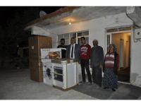 Yangınlarda evleri hasar gören vatandaşlara yardım eli
