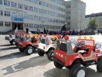 Rize polisinden çocuklara akülü araçla trafik eğitimi