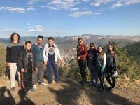 Kızılcahamamlı öğrencilerden doğa yürüyüşü