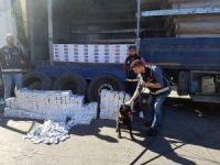 Sultanbeyli'de tırın tekerleklerinden kaçak sigara çıktı