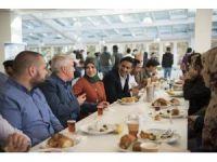 Rektör Gündoğan uluslararası öğrencilerle kahvaltıda buluştu