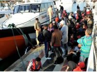 İzmir'de 98 kaçak göçmen kurtarıldı