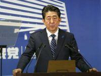 Japonya Başbakanı Abe, seçimlerden büyük bir zaferle çıktı