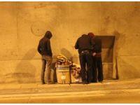 """Bomonti- Dolmabahçe Tüneli'nde sürücülere """"evsiz"""" şoku"""