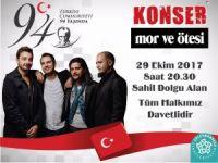 Cumhuriyet'in 94. yılı Mor ve Ötesi konseri ile kutlanacak