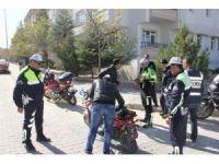 Nevşehir'de 18 motosiklete 13 bin 443 lira para cezası kesildi