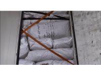 Gürbulak'ta 18 ton kaçak çay ele geçirildi