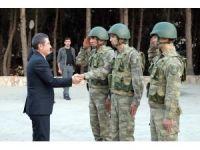 Milli Savunma Bakanı Canikli Hatay'da incelemelerde bulundu