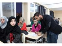 SİÜ'de Türkçe Öğrenim Merkezine yoğun ilgi