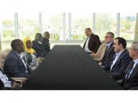 Uganda Su Kaynakları Bakanı Hon Kibuule Ronald, KTO Başkın Öztürk ile görüştü